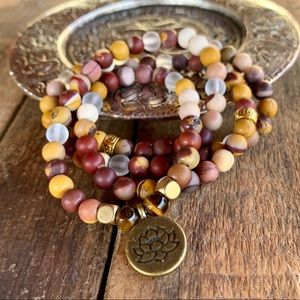 🆕🆕🆕✨MATTE MOOKAITE MALA NECKLACE/BRACELET 6mm✨